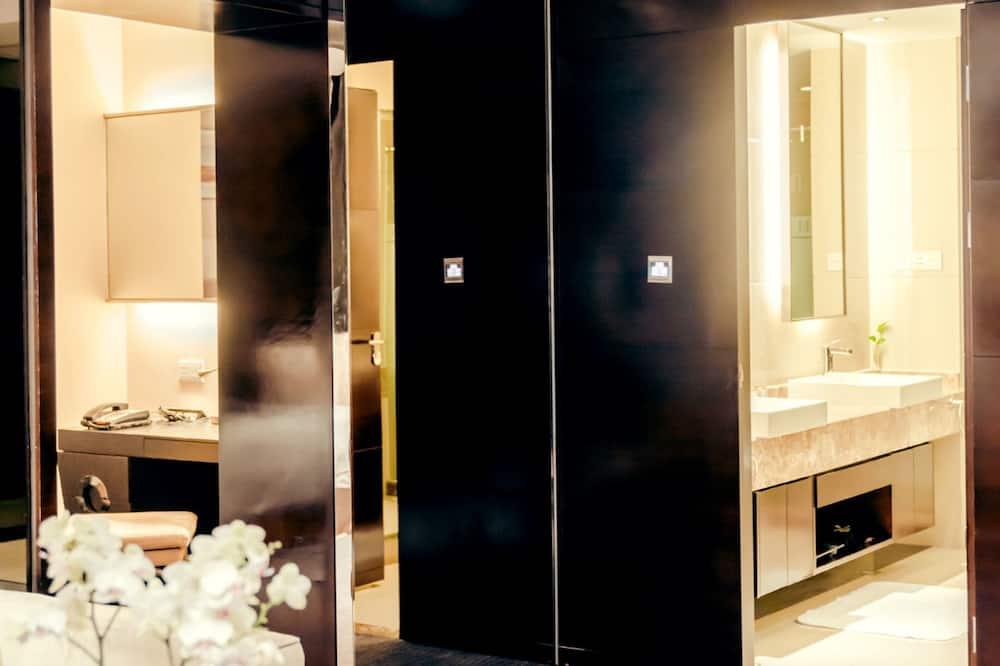 비즈니스 스위트 - 욕실