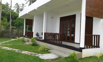Picture of Senlora Resort in Tangalle