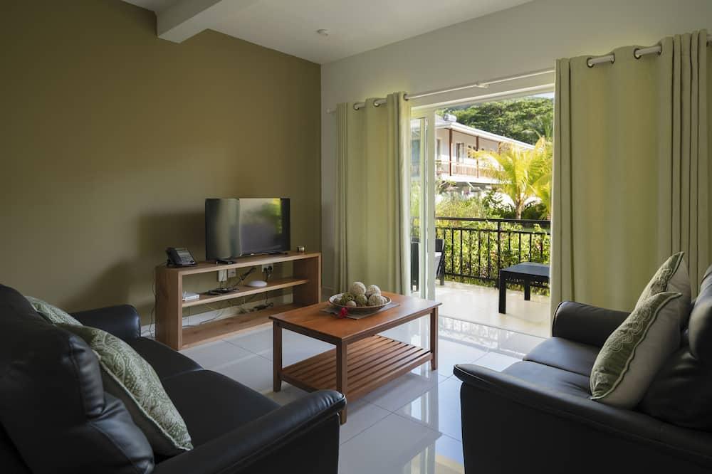Paaugstināta komforta dzīvokļnumurs, divas guļamistabas, skats uz kalniem - Dzīvojamā istaba