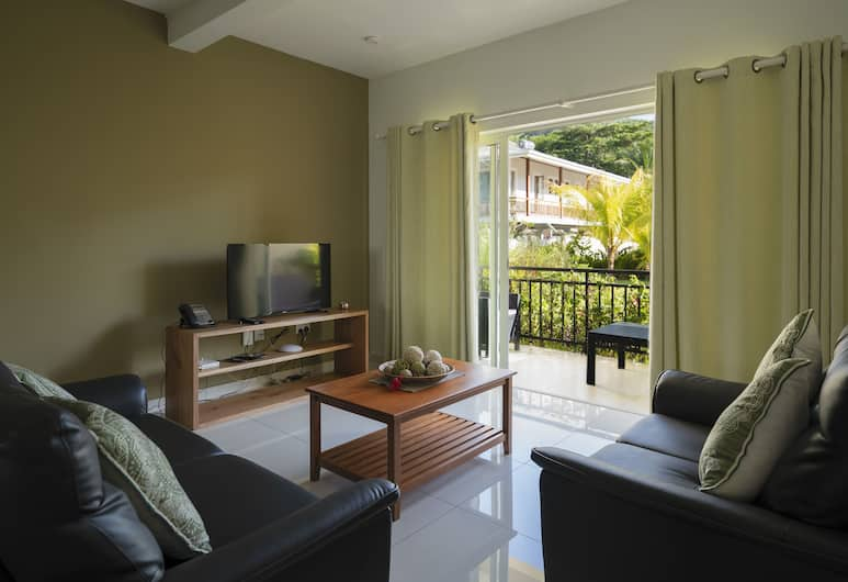 Anse La Mouche Holiday Apartment, Mahe Island, Deluxe Apartment, 2 Bedrooms, Mountain View, Living Room