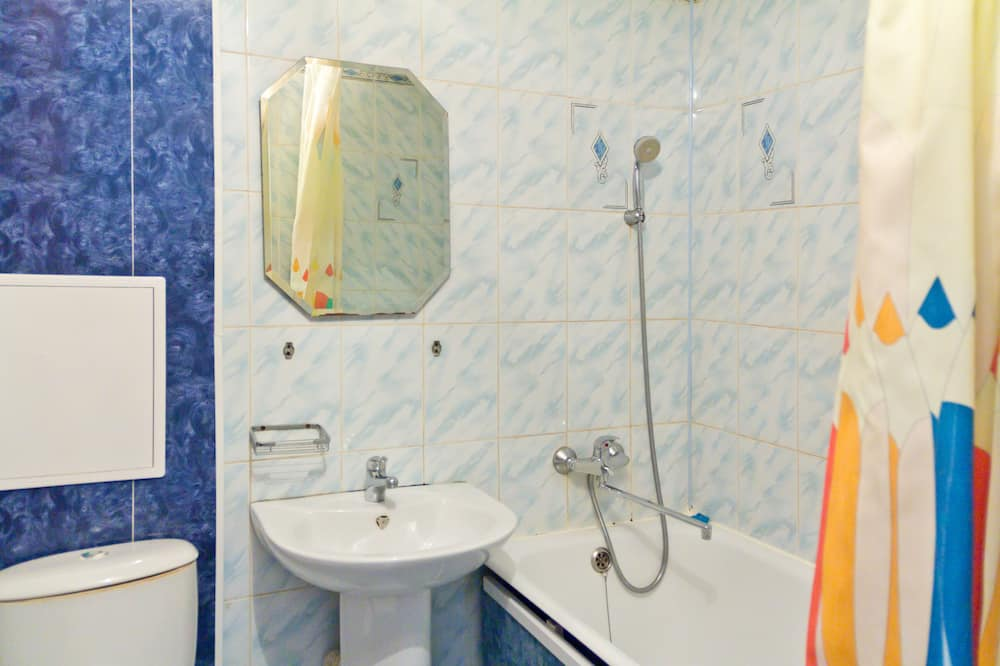 Căn hộ, 2 phòng ngủ, Quang cảnh thành phố - Phòng tắm
