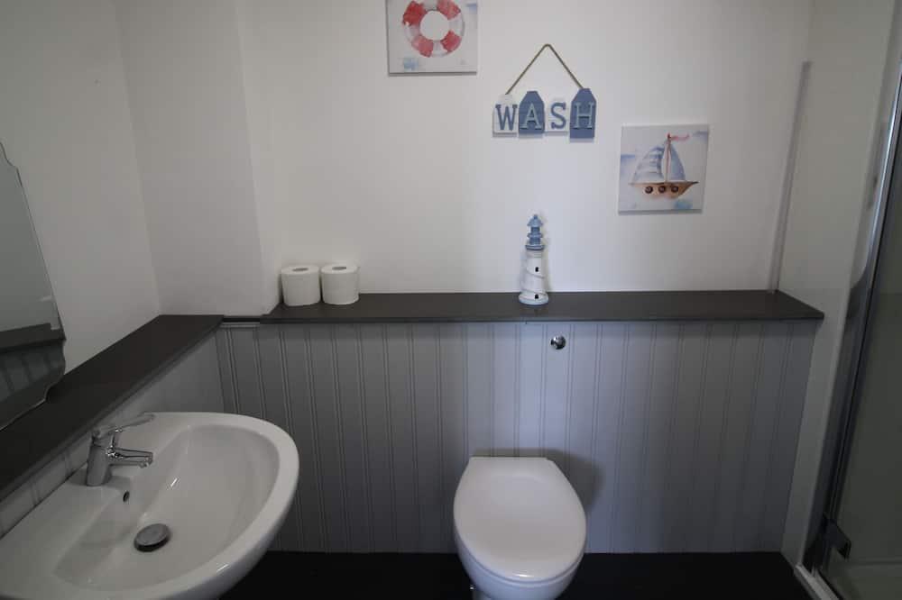 Executive Apartment, Ensuite, Garden View - Bathroom