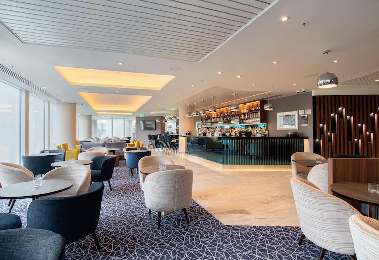 Hilton Garden Inn London Heathrow Terminal 2 and 3, Hounslow, Μπαρ ξενοδοχείου