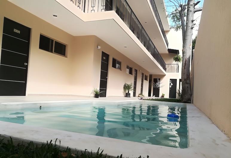 韋瑞葉斯酒店, Mérida, 室外泳池
