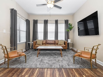 Picture of Super Sweet Suites in Austin
