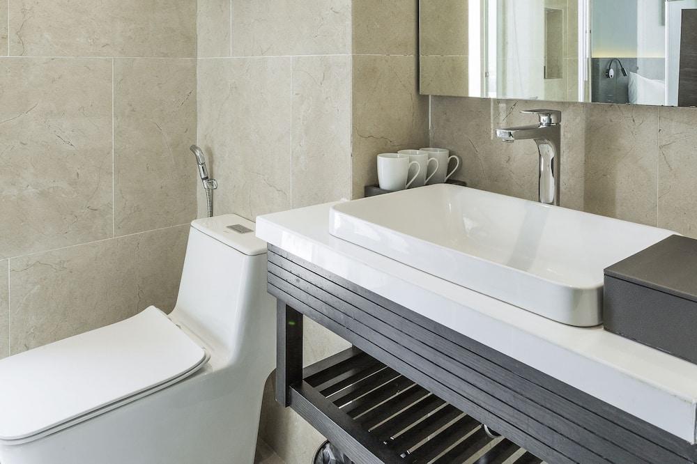 Chambre Deluxe avec lits jumeaux, vue ville - Salle de bain
