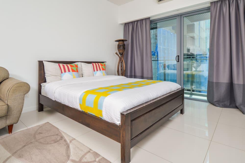 Klasisks dzīvokļnumurs, 1 divguļamā gulta, nesmēķētājiem, skats uz pilsētu - Numurs