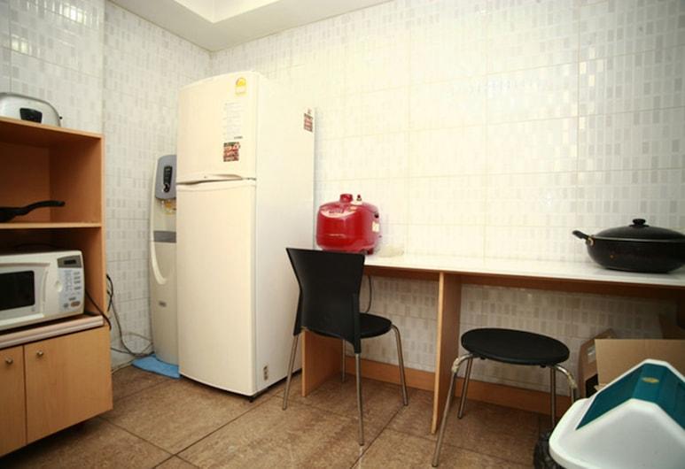 E 生活酒店, 首爾, 單人房, 共用浴室 (Private shower), 共用廚房