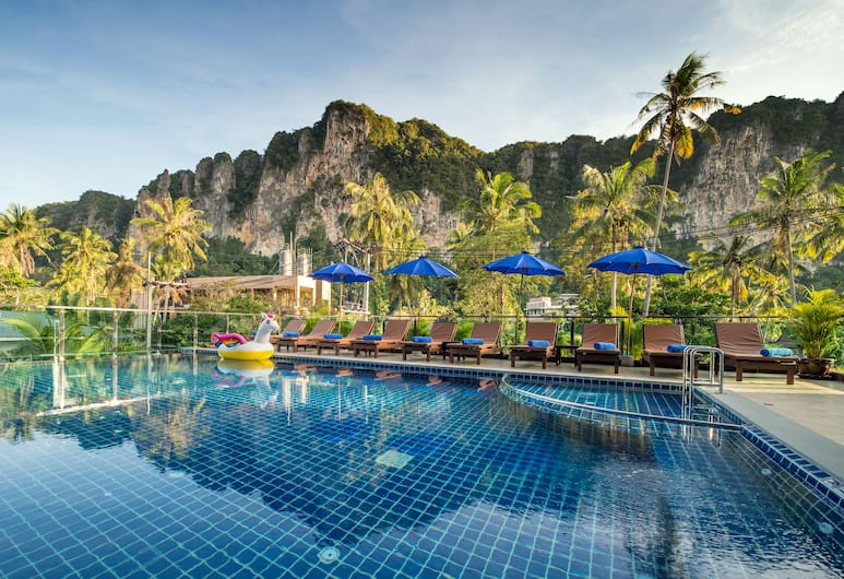 Andaman Breeze Resort, Krabi, Outdoor Pool