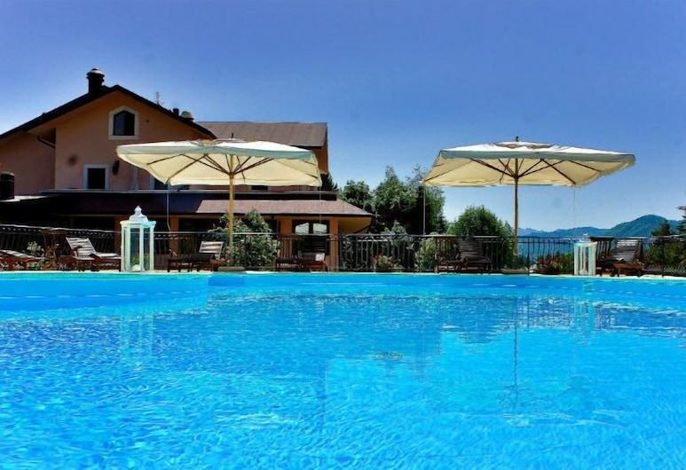 Hotel Bucaneve, Pescasseroli, Piscina all'aperto