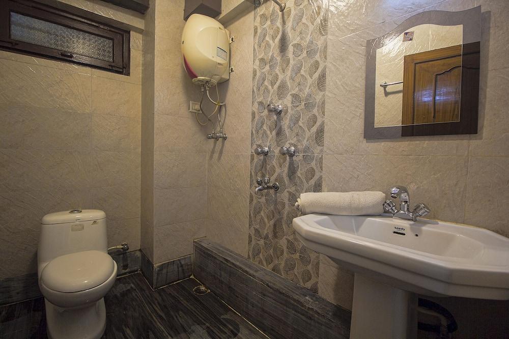 雙人房, 1 張加大雙人床 - 浴室