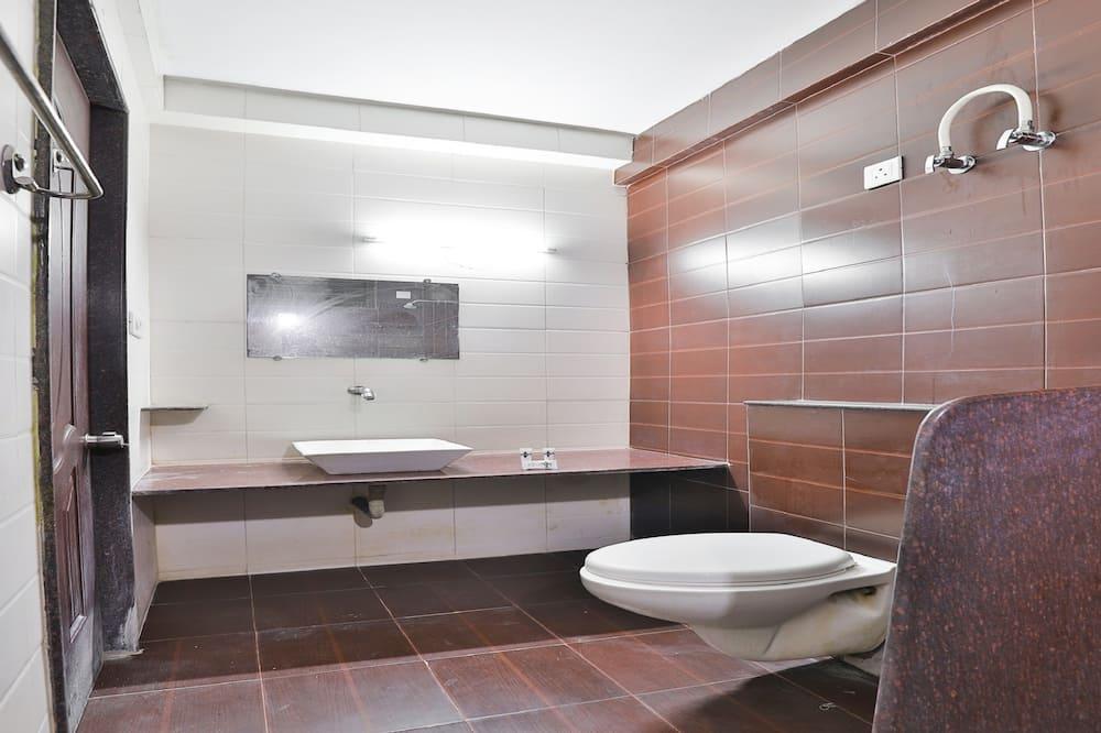 Deluxe-værelse med dobbeltseng eller 2 enkeltsenge - 1 kingsize-seng - Badeværelse