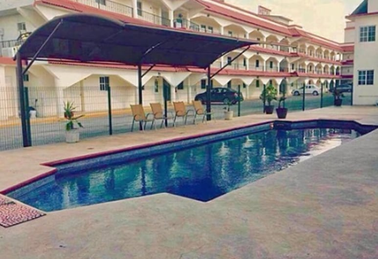 Hotel Go Inn, Monclova, Piscina al aire libre