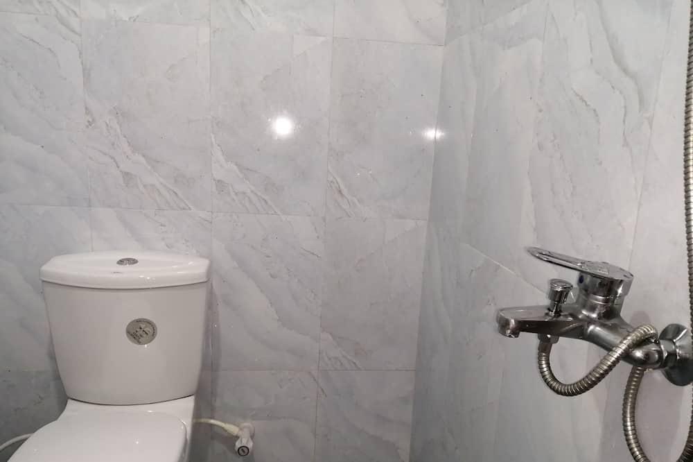 Shared Dormitory - Μπάνιο