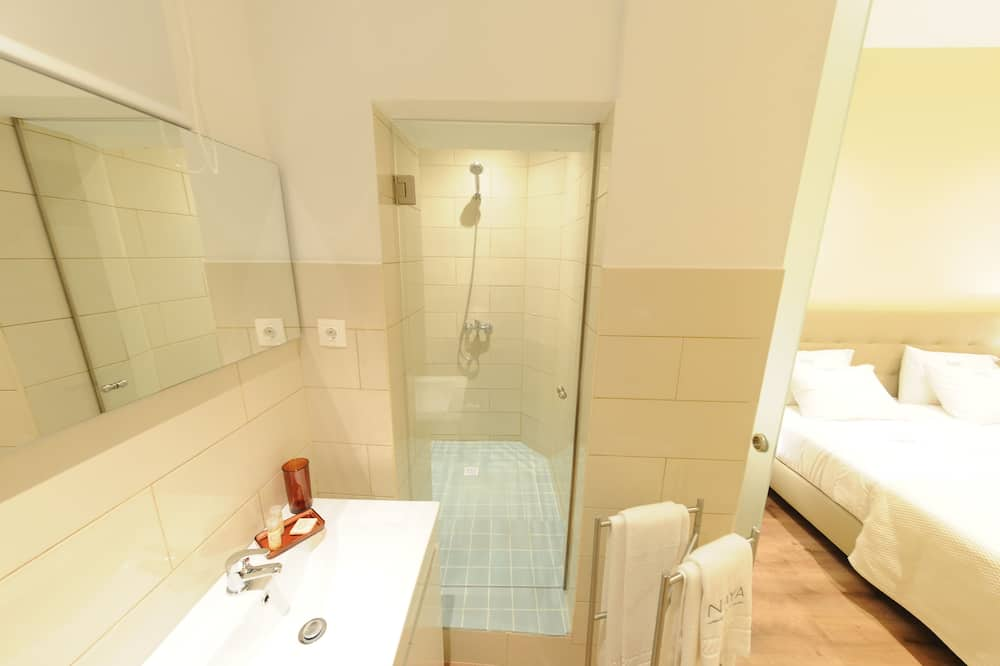 Double or Twin Room (Cabo Verde) - Bathroom