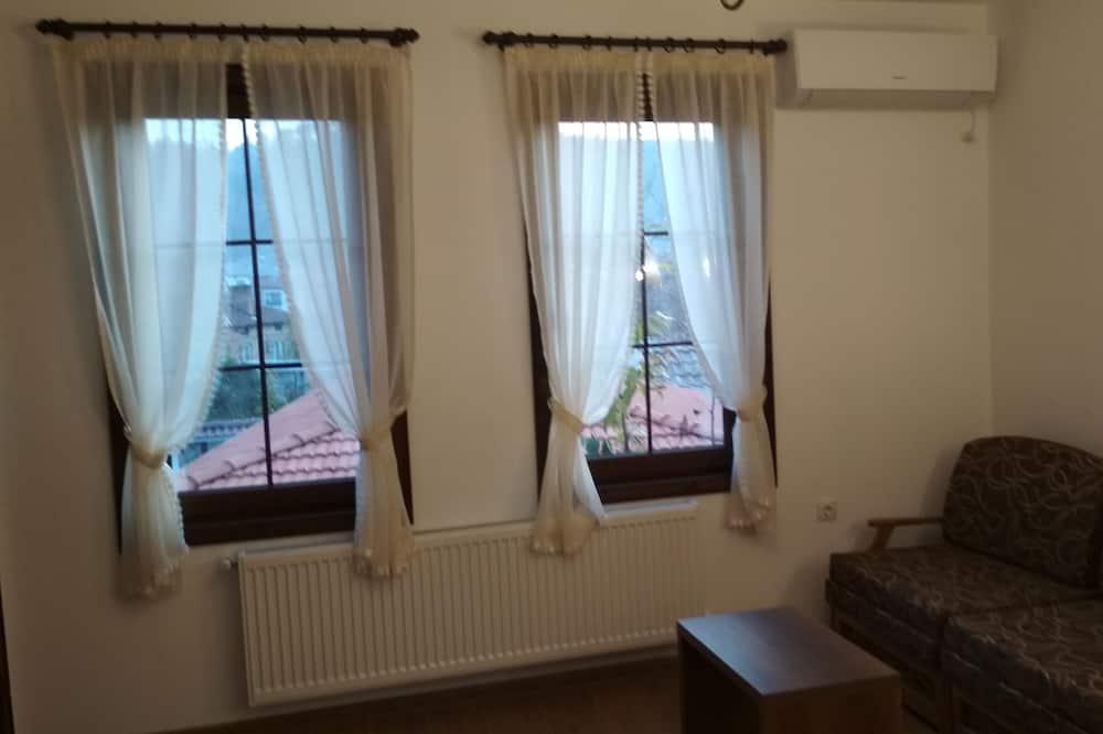 Rodinná izba, bezbariérová izba, nefajčiarska izba - Obývacie priestory