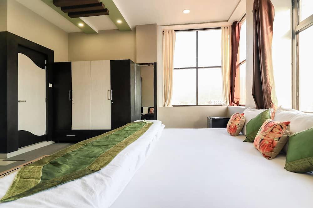 Premium-rum - 1 kingsize-säng - icke-rökare - utsikt mot staden - Gästrum