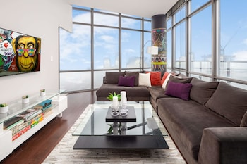 Picture of QuickStay - Eclectic Two-Bedroom Condo (Sky High Views) in Toronto