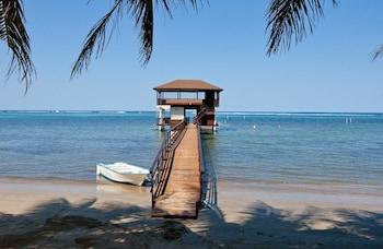 Picture of The Real Kings Resort in Roatan