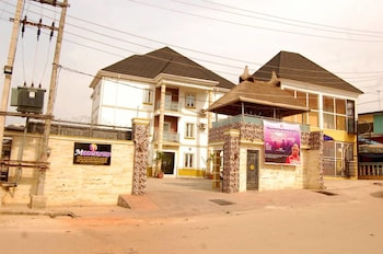 Picture of Mountain Top Lodge in Lagos