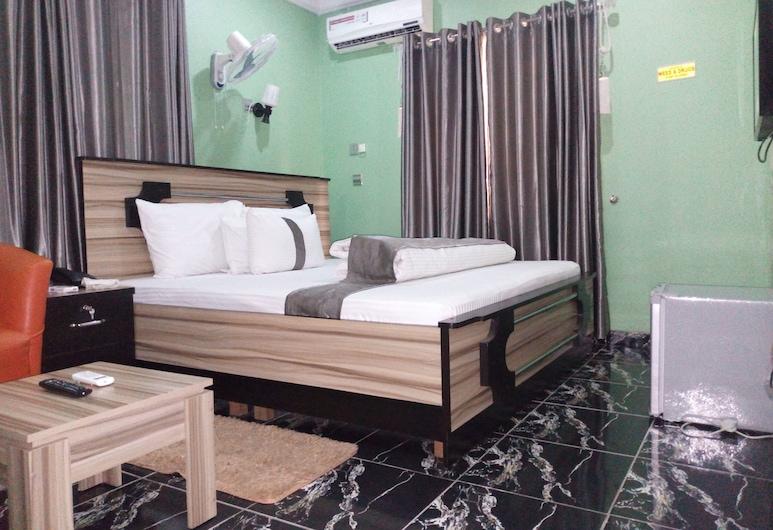 MOUNTAIN TOP LODGE, Lagos, Classic Room, Room