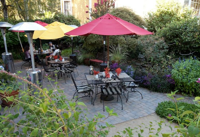 The Inn On First, Napa, Phòng có thiết kế đặc trưng, 1 giường cỡ queen, Không hút thuốc, Quang cảnh vườn, Hiên