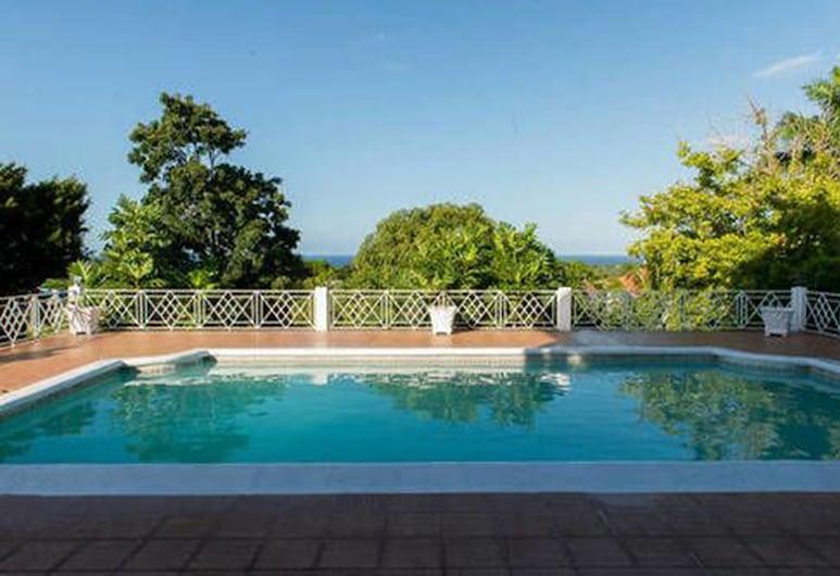 Lawrence Pool House, Montego Bay