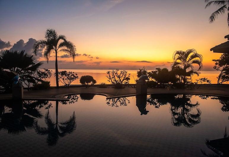 Dolphin Bay Beach Resort, Ko Pha-ngan, Napozóterasz