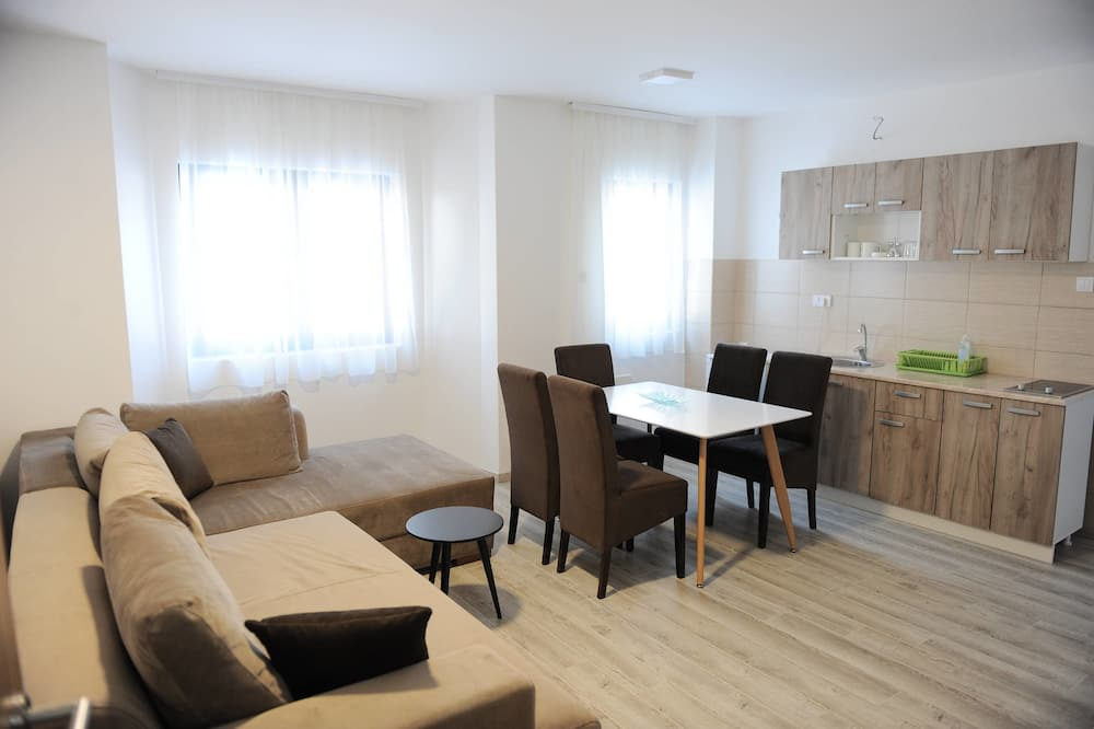 Standard Apartment, Mountain View - Living Area