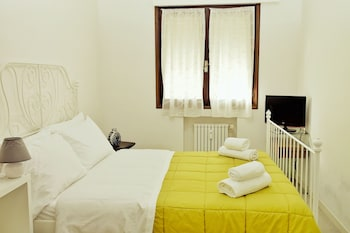 Picture of Rosa Garden B&B in Mestre