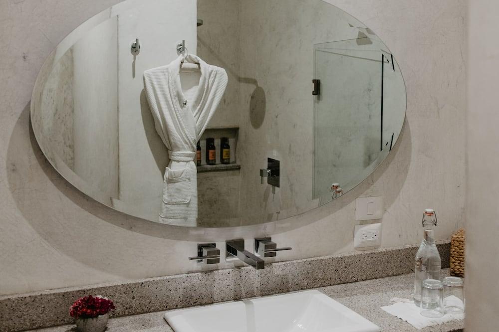 Antonieta Suite 5 - Vonios kambarys