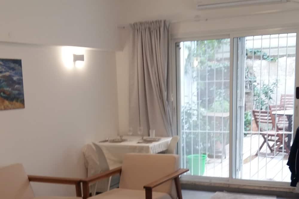 Appartement Deluxe, 2 chambres, accessible aux personnes à mobilité réduite, fumeurs - Coin séjour