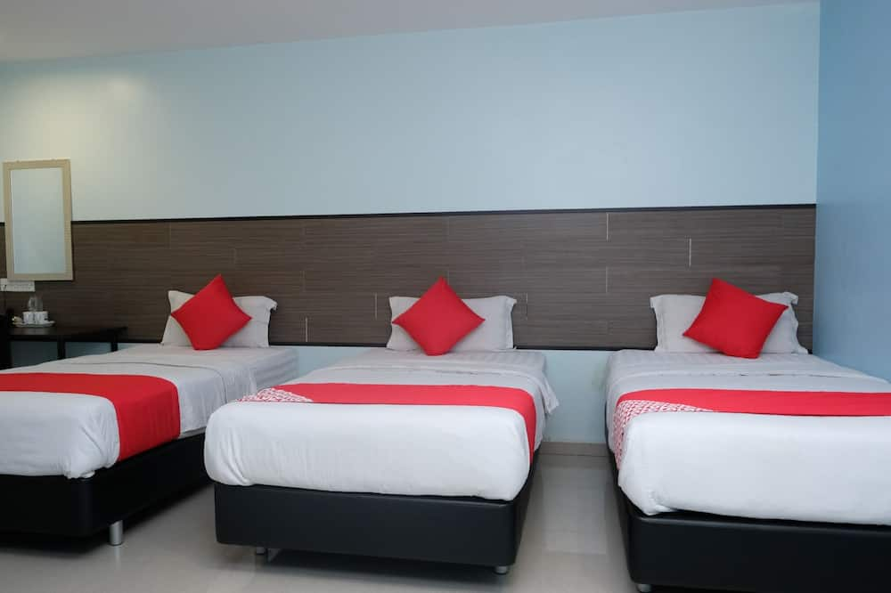 Superior Triple Room, 3 Twin Beds - Guest Room