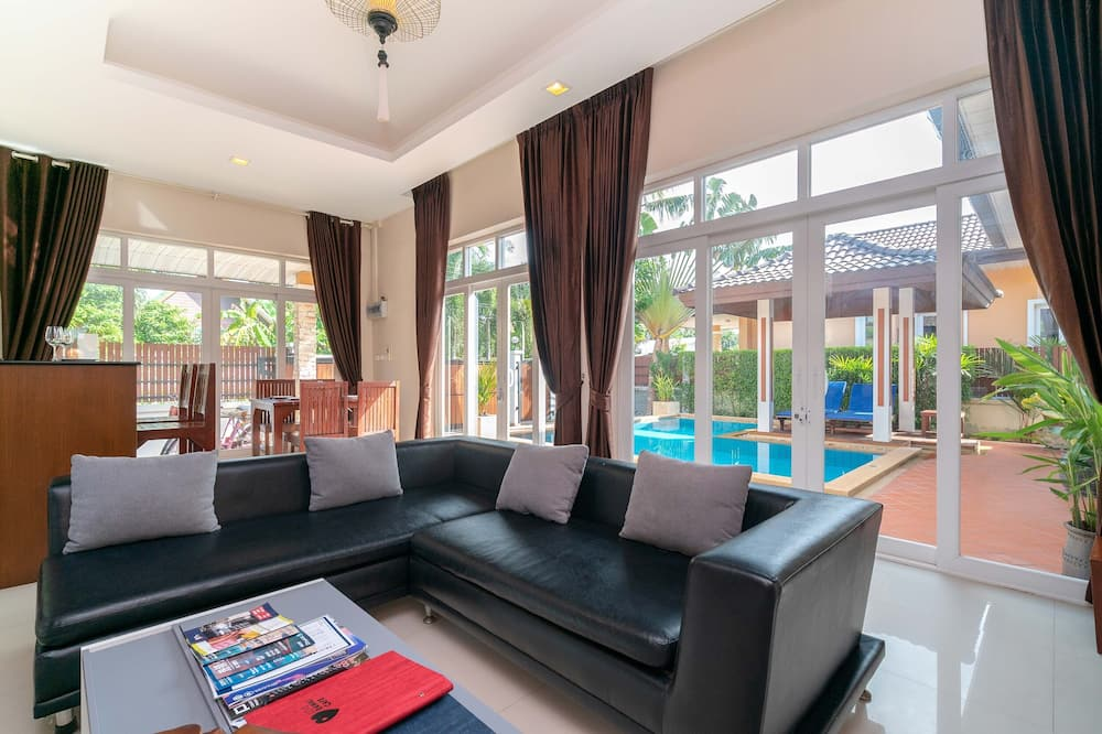 3 Bedroom Pool Villa with Sala - Oppholdsområde
