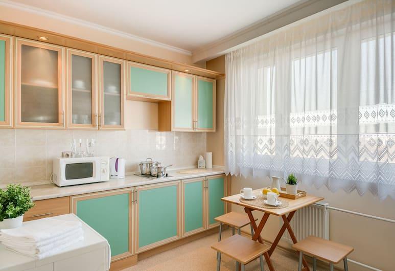 #41 OREKHOVO APARTMENTS with 3 bedrooms near Tsaritsyno park, Moskwa, Apartament, dla niepalących, Pokój