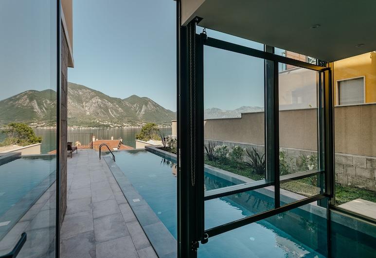 Hotel Casa del Mare Vizura, Kotor, Udendørs pool