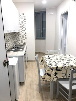 Foto di Apartment With one Bedroom in Napoli, With Wifi a Napoli
