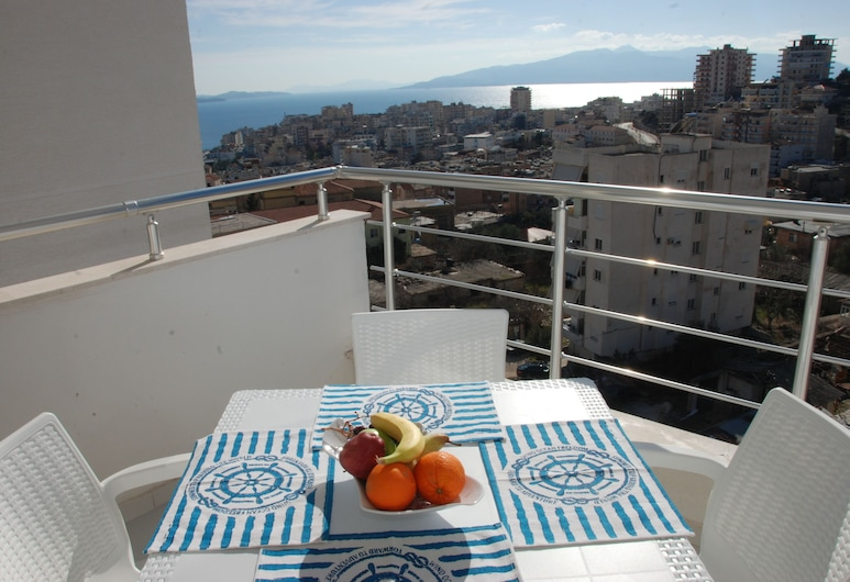 White Deluxe Apartments, Sarandë, Apartment, 2 Bedrooms, Sea View, Balcony