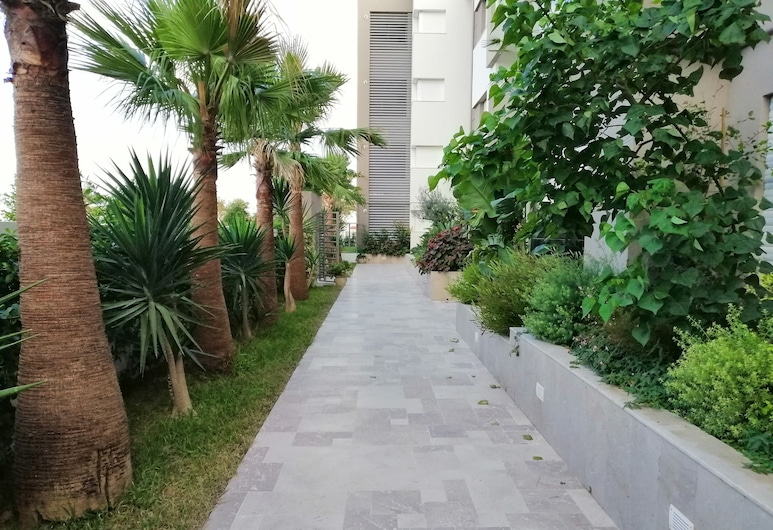 Bright and stylish Flat, Tunis, Lahan Properti