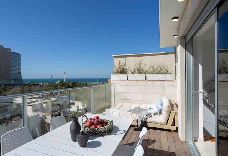 Yavos - By TLV2GO, Tel Aviv, Three Bedroom Penthouse with Sea View, Terasa