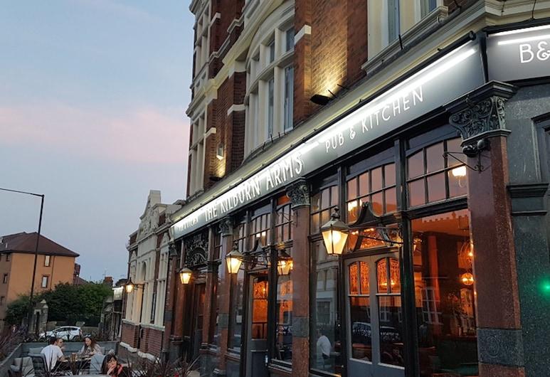 Kilburn Arms , Londýn, Terasa