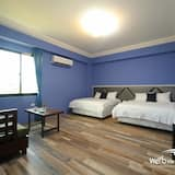 Superior Quadruple Room, 2 Queen Beds, Non Smoking - Guest Room