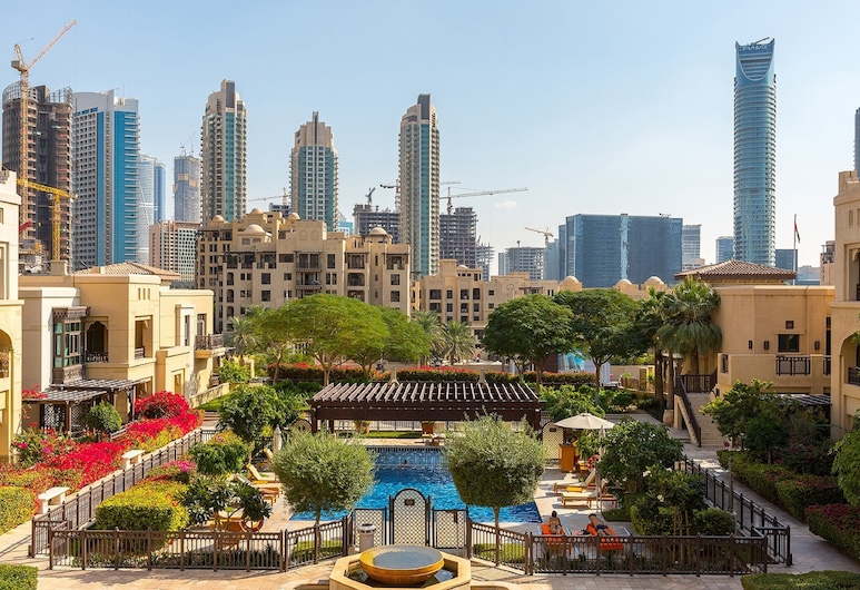 Sanctuary - Ease by Emaar, Dubai, Outdoor Pool