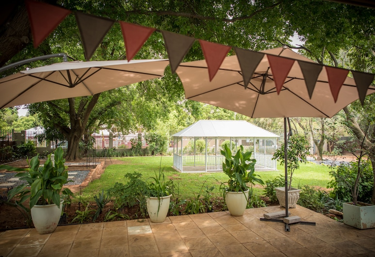 Vintage on Main, Pretoria, Garden