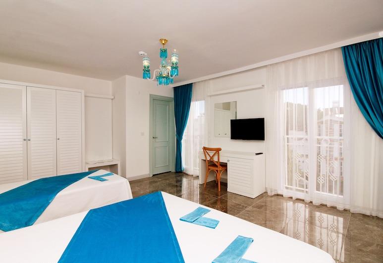 Yazar Lara Hotel, Анталья, Семейный четырехместный номер, Несколько кроватей, Номер