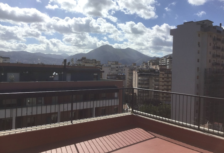 Leoni 1, Palerme, Penthouse Standard, 2 chambres, terrasse, Terrasse/Patio