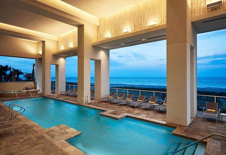 Ocean Enclave by Hilton Grand Vacations, Myrtle Beach, Piscina