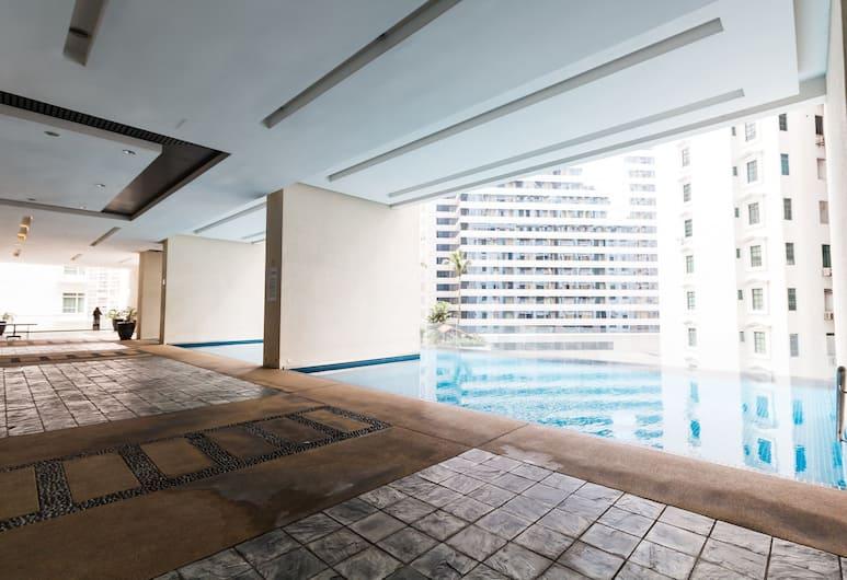 OYO Home 544 Premium 1BR Binjai 8 Suite, Kuala Lumpur, Kolam Renang Luar Ruangan