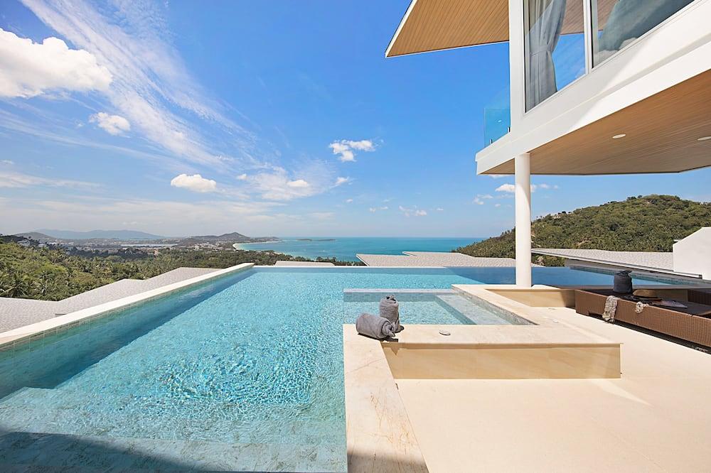 4 - Bedrooms Private Pool Villa - Alberca privada