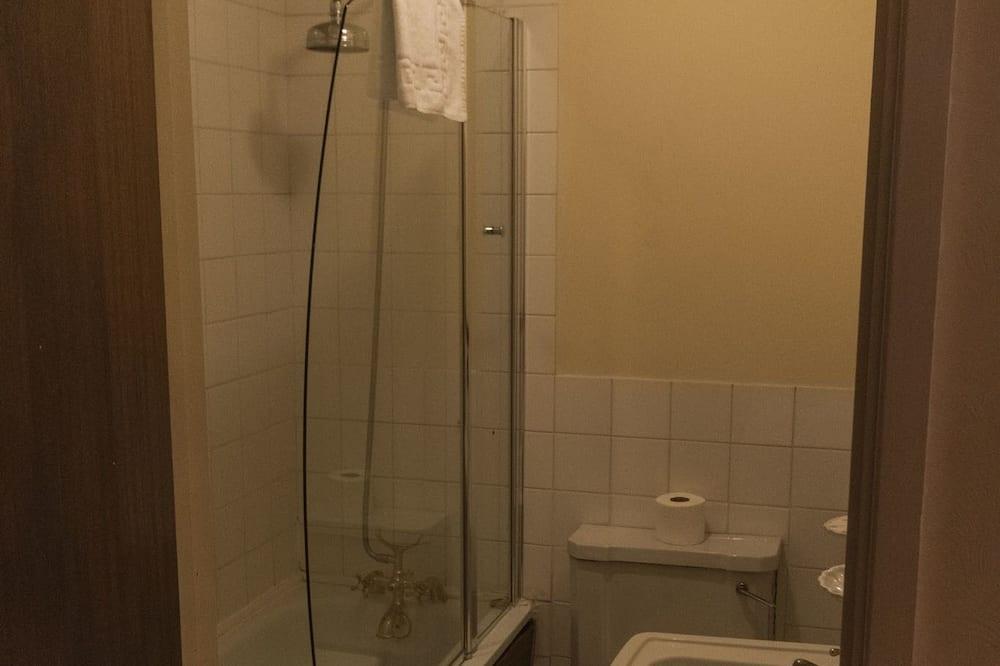 Dvojlôžková izba typu Classic, 2 jednolôžka, nefajčiarska izba - Kúpeľňa